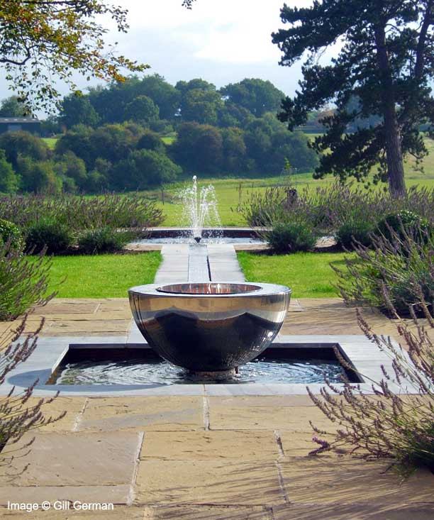 water features sundials garden sculpture stunning. Black Bedroom Furniture Sets. Home Design Ideas
