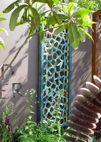 Sculptures for the home desktop sculpture bronze wall art for Garden wall art