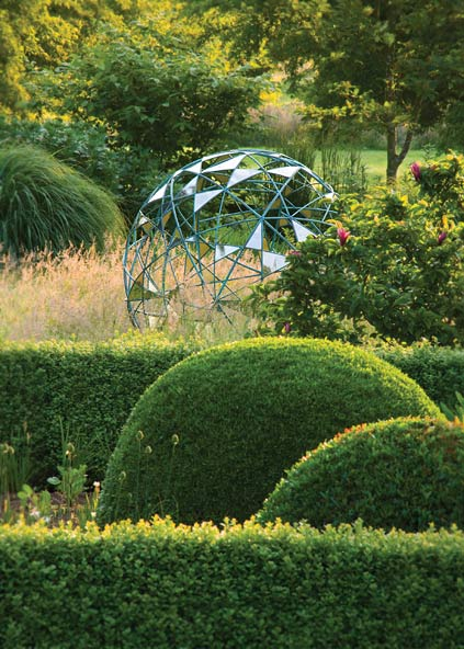 Sculptural Spheres Crazy Wonderful: Globes For The Garden