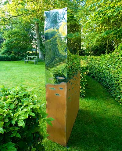 Outdoor garden sculpture the portal david harber - Estatuas de jardin ...