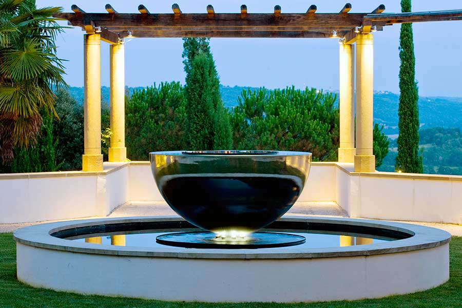Stainless Steel Water Feature Award Winning Chalice