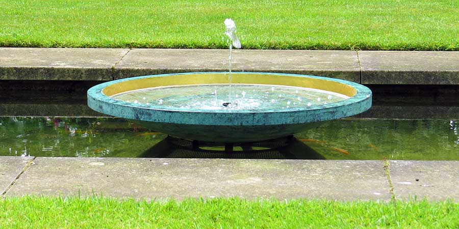 Ekho water fountain - for ponds or as a self contained water feature
