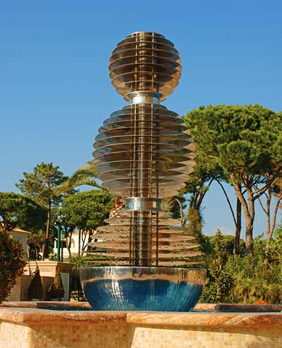 Large outdoor water fountain. Faro, Portugal