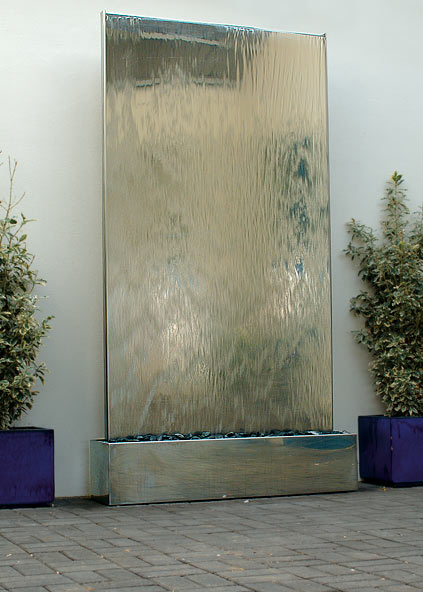 Water Wall In Stainless Steel Self Contained Water