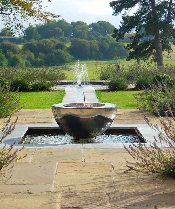 Chalice stainless steel water feature