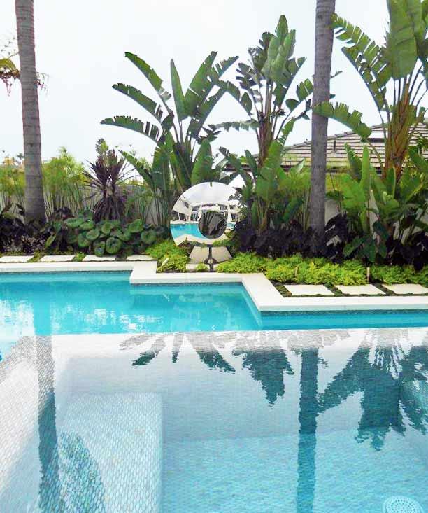 Water features sundials garden sculpture david harber for Outdoor pool sculptures